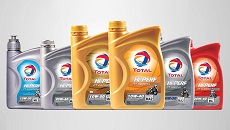 Total Hi-Perf motorcycle oil range.